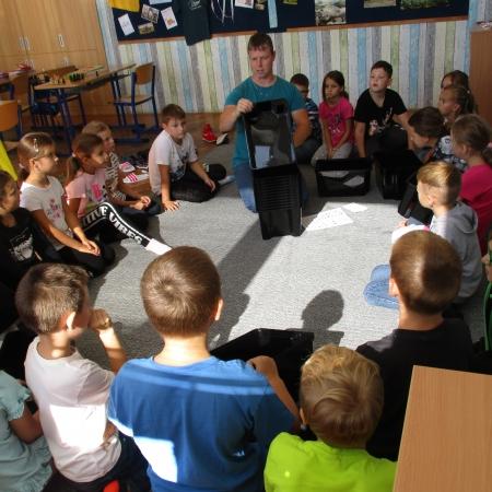 Nový pan učitel Emil Morav